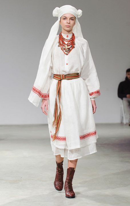 Традиція оживає  чому національний одяг це тренд   86d5a3660391d