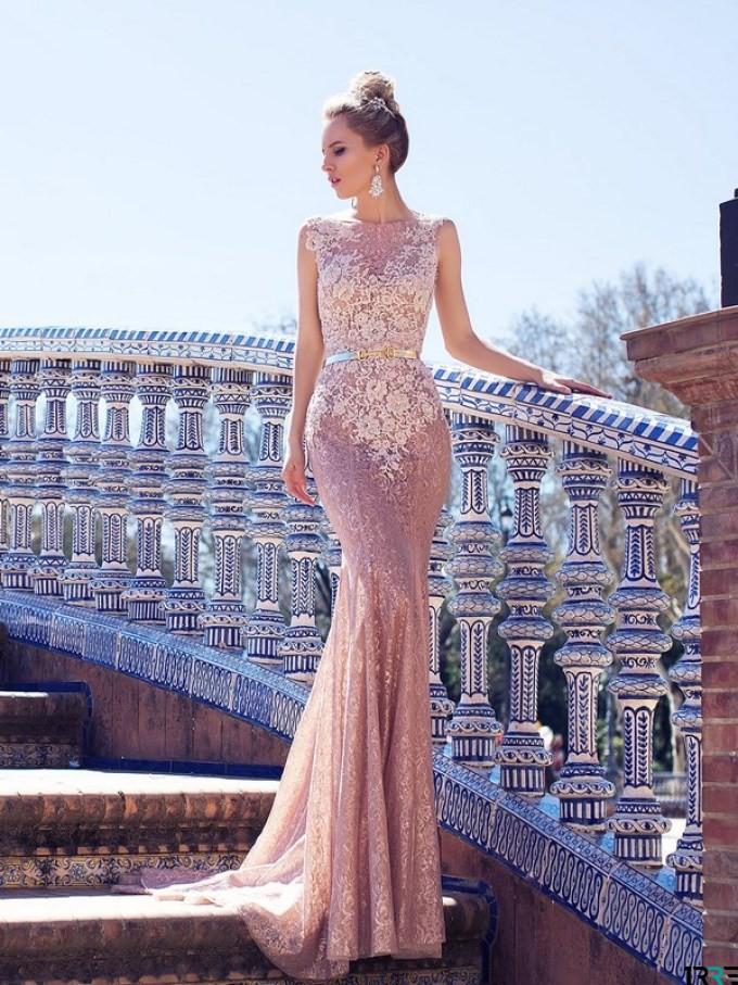 Сукня-годе виглядає дуже витончено і чудово доповнить образ випускниці-2019